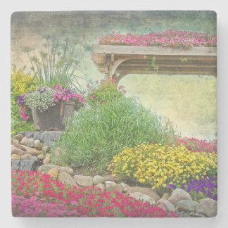 Posavasos De Piedra jardín de piedras con enrejado