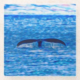 Posavasos De Vidrio Fractal de la cola de la ballena azul y rosado
