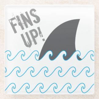 Posavasos De Vidrio Las aletas del tiburón para arriba agitan el