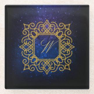 Posavasos De Vidrio Monograma cuadrado adornado en galaxia azul