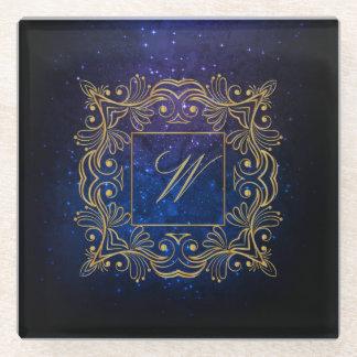 Posavasos De Vidrio Monograma ornamental del marco en galaxia azul