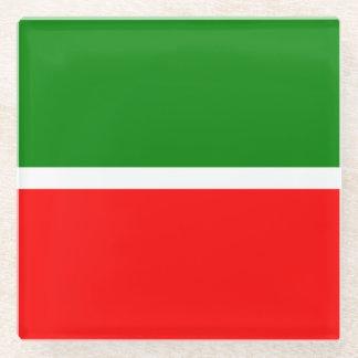 Posavasos De Vidrio Tartaristán señala por medio de una bandera