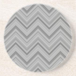 Posavasos El gris raya el modelo de zigzag