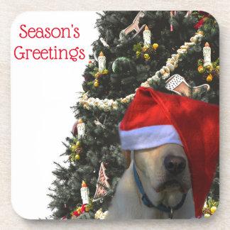 Posavasos Labrador amarillo de oro en navidad del gorra de