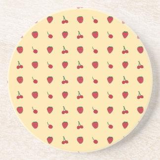 Posavasos Modelo de las cerezas y de las fresas