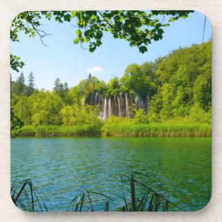 Posavasos Parque nacional de los lagos Plitvice en Croacia