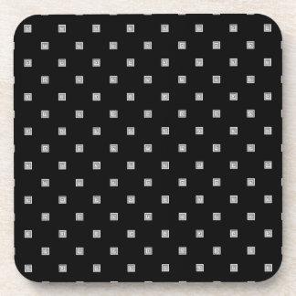 Posavasos Pequeño modelo geométrico blanco y negro