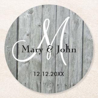 Posavasos Redondo De Papel Monograma gris de madera rústico del boda