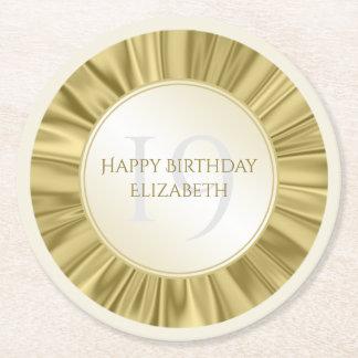Posavasos Redondo De Papel Personalice el falso satén del oro del cumpleaños
