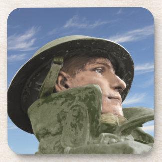 Posavasos Soldado WW1 en trenca y casco