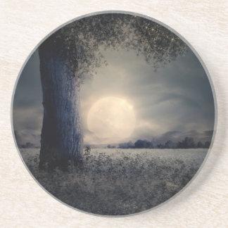 Posavasos Un árbol en el claro de luna