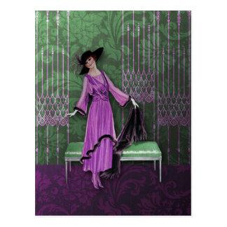 Postal 1913 de lujo: Moda del vintage en lila y verde