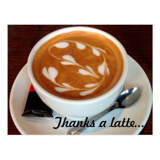 Postal Agradece corazones de un arte del latte