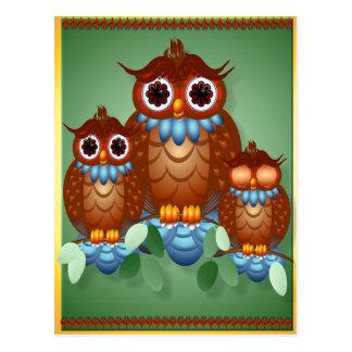 Postal alerta de tres pequeños búhos