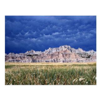 Postal Badlands, pradera y nubes llanos Dakota del Sur