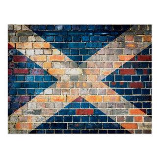 Postal Bandera de Escocia en una pared de ladrillo