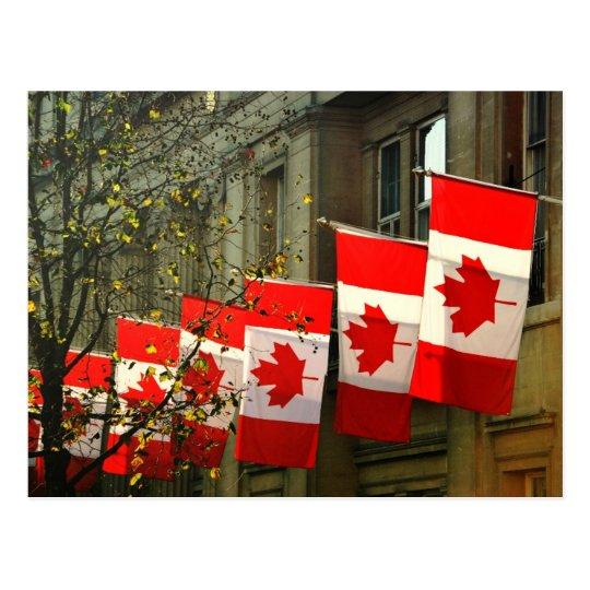 Postal Banderas de casa de Canadá