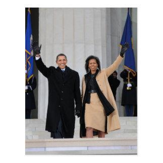 Postal Barack y Micaela Obama