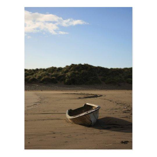 Postal Barco de la playa
