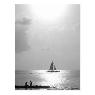 Postal Barco en la puesta del sol