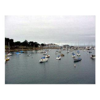 Postal Barcos del agua del puerto de Monterey