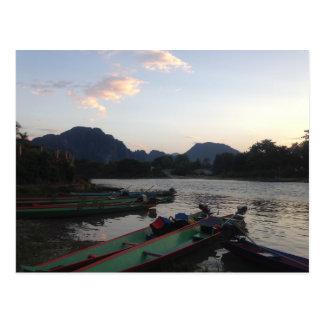Postal Barcos en Vang Vieng