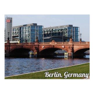 Postal Berlín Alemania - día de primavera soleado