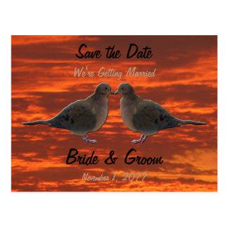 Postal Besando palomas ahorre la fecha