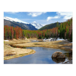 Postal Bobina el río Colorado con las montañas y los