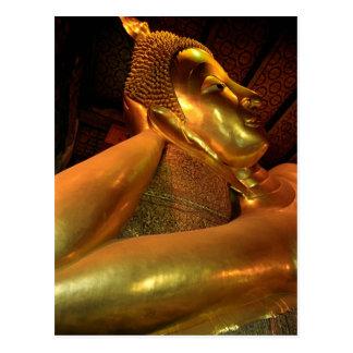 Postal Buda de descanso en el templo de Wat Pho en