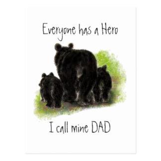 Postal Cada uno tiene un héroe, mina se llama Dad, lleva