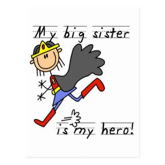 Postal Camisetas y regalos de la hermana grande del héroe