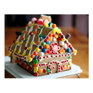 Postal Casa de pan de jengibre colorida del navidad