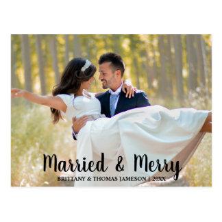Postal casada y feliz de la foto del boda del