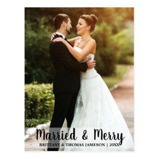 Postal casada y feliz W de la foto del boda del