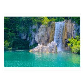 Postal Cascada en el parque nacional de Plitvice en