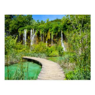 Postal Cascadas en el parque nacional de Plitvice en