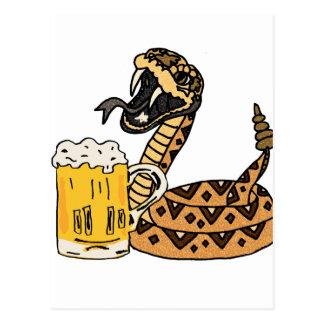 Postal Cerveza de consumición de la serpiente de cascabel