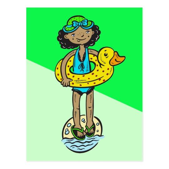 Postal Chica con el juguete de la piscina
