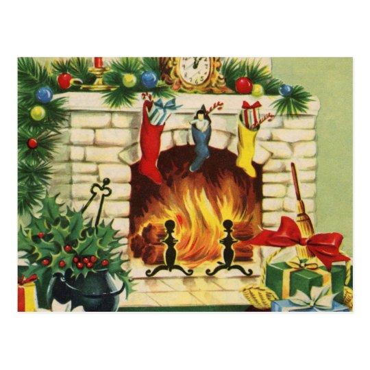 Postal Chimenea y decoraciones de las medias del navidad