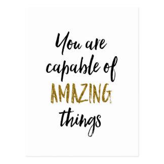 Postal Cita de motivación de las cosas asombrosas