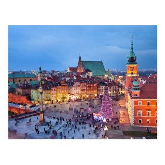 Postal Ciudad vieja de Varsovia en Polonia por noche