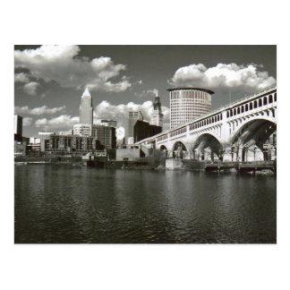 Postal Cleveland Ohio blanco y negro