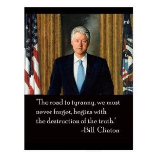 Postal Clinton y verdad