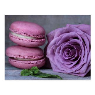 Postal color de rosa púrpura rosada de los