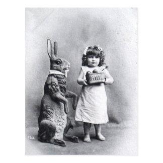 Postal Conejito de pascua del Victorian con el chica
