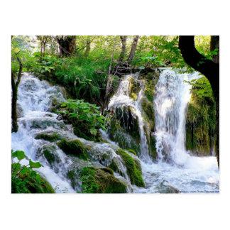 Postal croata de la cascada