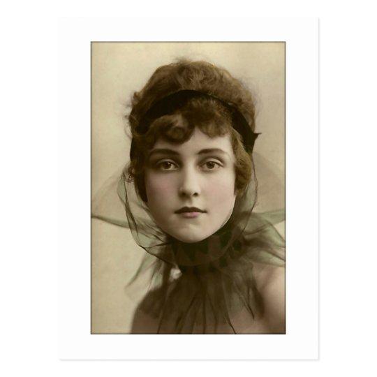 Postal cuello neto de la señora del victorian alto