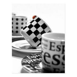 Postal cup-1320578_640-1600x1065