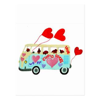 Postal Cupids del Dachshund en su móvil del amor de la